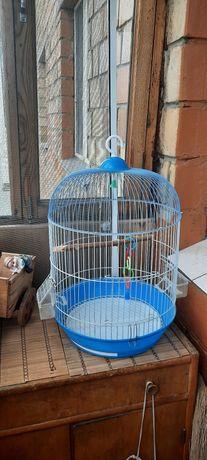 Продаётся клетка для маленьких птичек