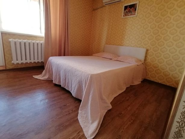 Квартира На Манаса почасам квартира Встреча