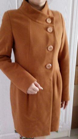 Продам новое Российское пальто