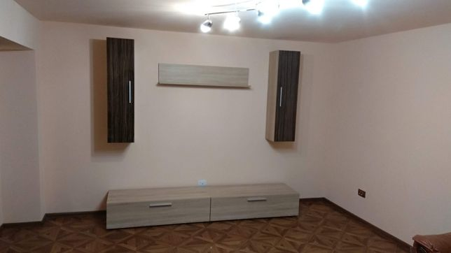 Mobilă living / sufragerie