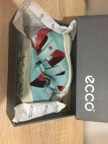 ECCO сандали для девочек. Новые
