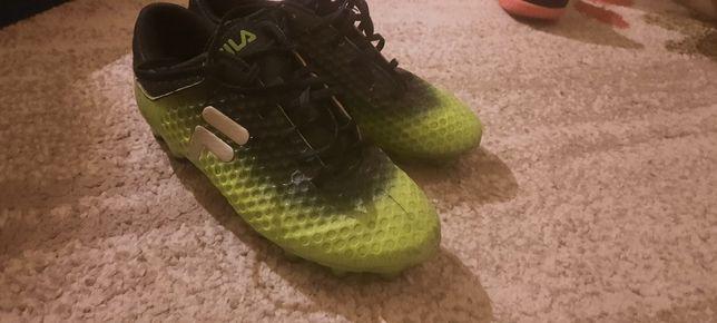 Ghete/papuci de fotbal nike ,adidas sau Fila 42 34 37