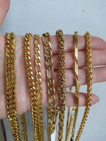 Продам цепь стальную в позолоте желтым золотом
