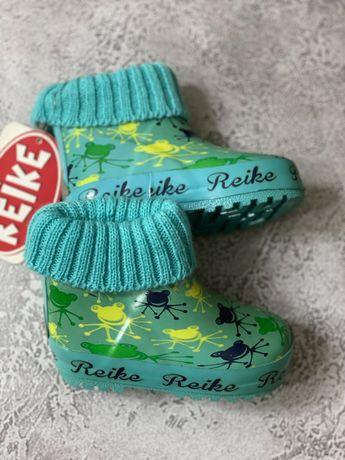 Новые, резиновые, утеплённые сапожки Reiki
