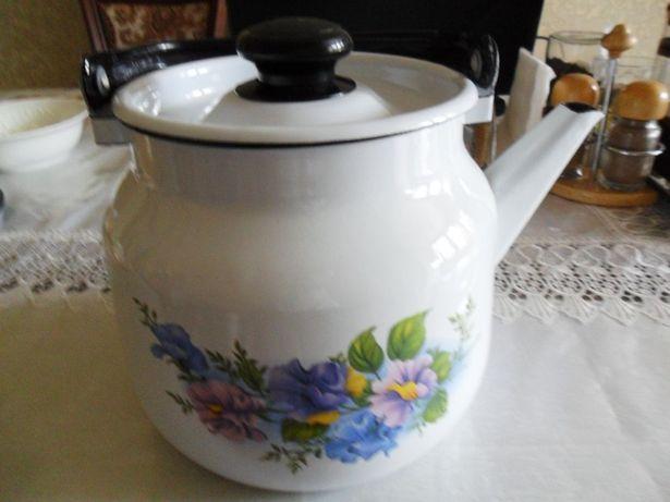 Чайник эмалированный –металлический. Россия