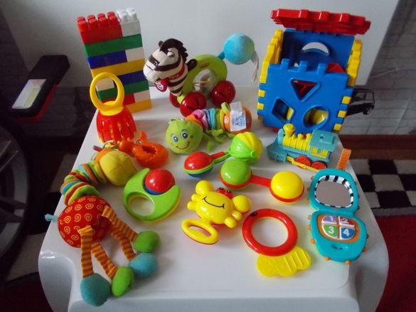 Занимателни бебешки играчки 0-36 мес.