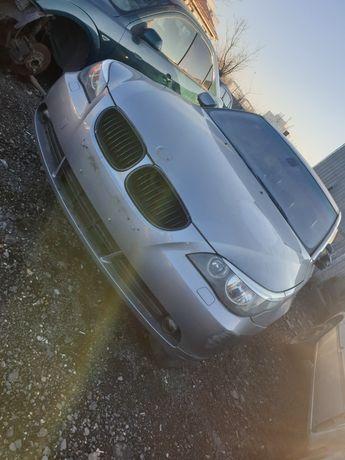 Dezmembrez BMW E60, motor 2.2 benzina