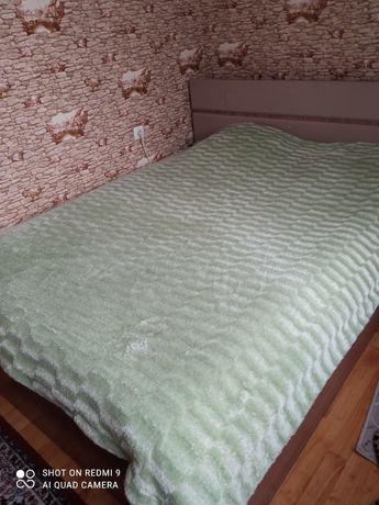 Продам двухспальнюю кровать