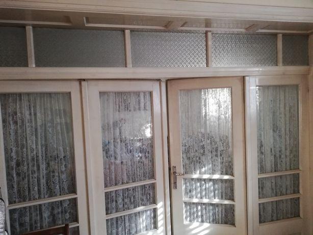 Vând glazvant și uși interior