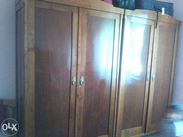 mobila lemn cires