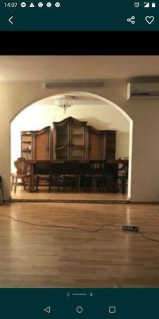 Mobila sufragerie și masa