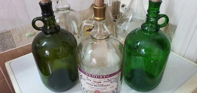Бутыли для вина разного объема