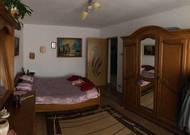 Vand apartament in Simeria zona linistita