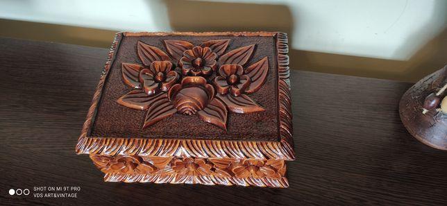 Cutie din lemn Vintage