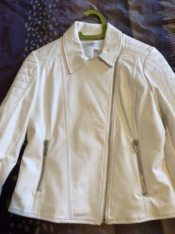 Кожено бяло яке
