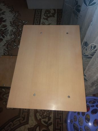 Ученический стол и стульчик