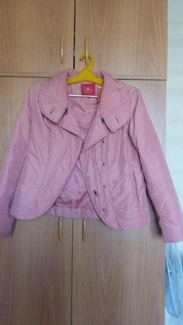 Продам куртку 44 рр осень