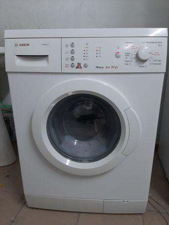 Продам стиральную машинку Bosch 6 кг