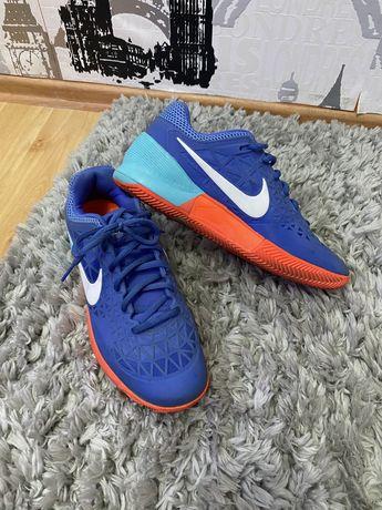 "Nike Zoom ""Dragon"" Cage 2 / 43EU"