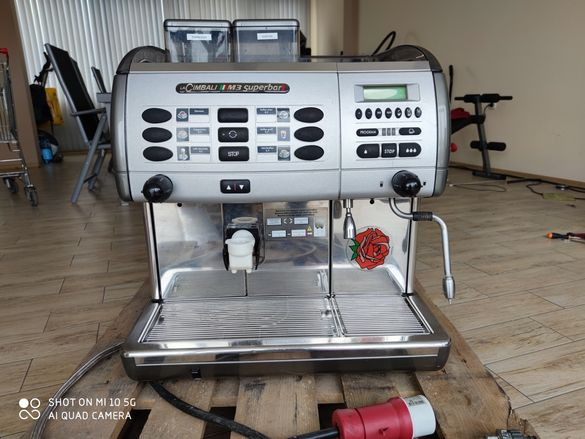 Кафе машина LaCimbali M3 Superbar професионална