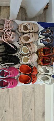 Продам обувь на годик на девочку
