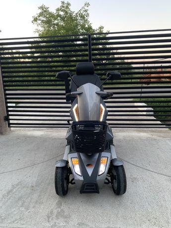 Scuter electric Travelux Infineon 4 pentru persoanele cu dizabilitati