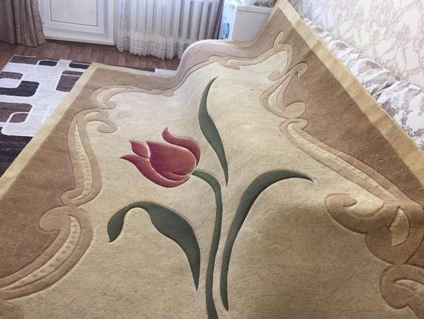 мебель для гостиной и спальни