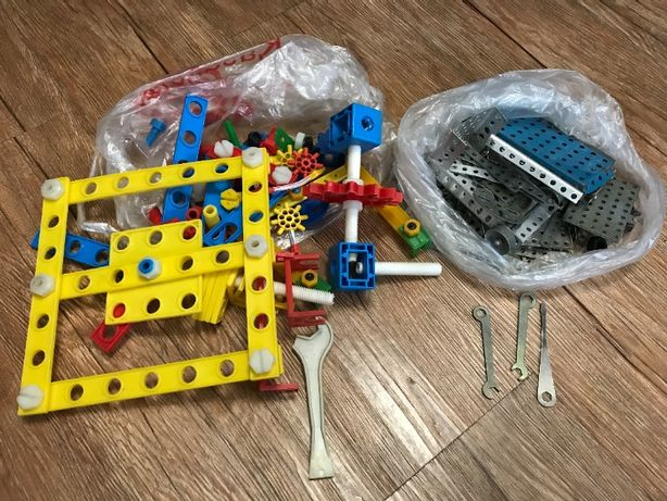 Продам конструктор детский, недорого