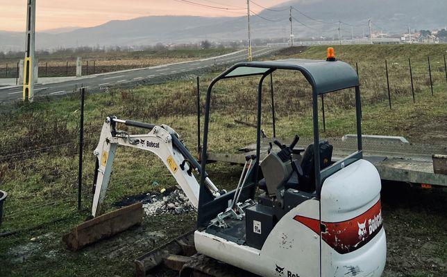 Oferim servicii de excavatii