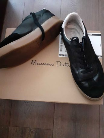 Дамски спортни обувки на massimo dutti  75 лв