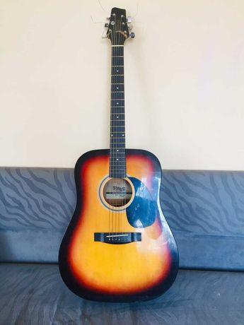 Продам акустическую гитару Stagg SW201SB (В хорошем состоянии)
