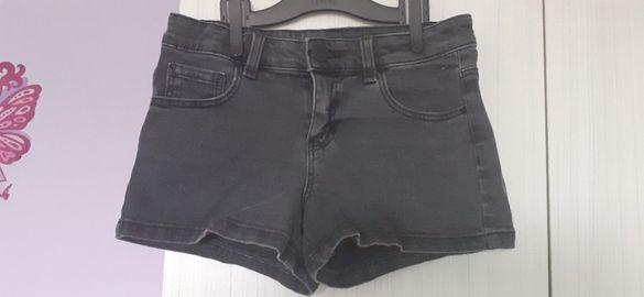 Дънкови панталонки за момиче 146см.