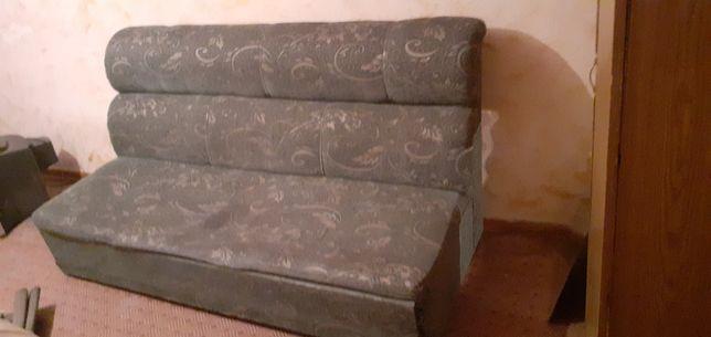 Продам диваны с креслами