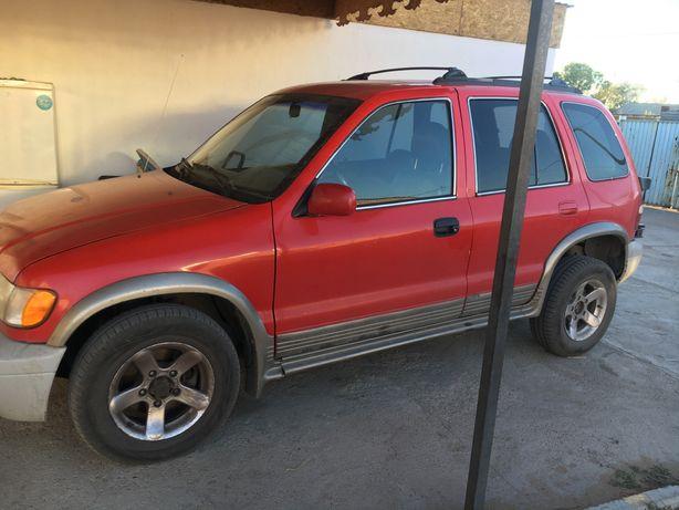 Продам машину Kia sporteidzh 2001 газ-бензин.