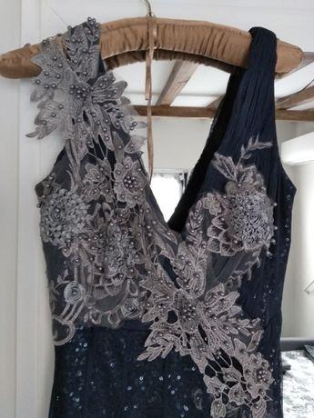 Официална бална рокля Англия с подарък диадема