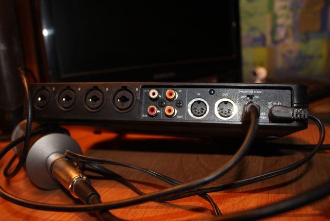 Внешняя звуковая карта TASCAM -- 800 usb2.0 Audio/MiDi interface