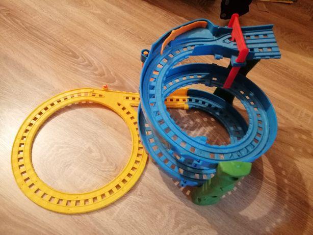 Jucării pentru copii : pista hotwheels shark, pista trenuleț Thomas