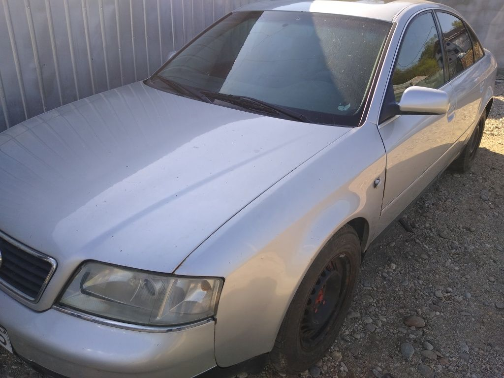 Dezmembrez Audi A 6 2.4 Benzina Fabricație 2000