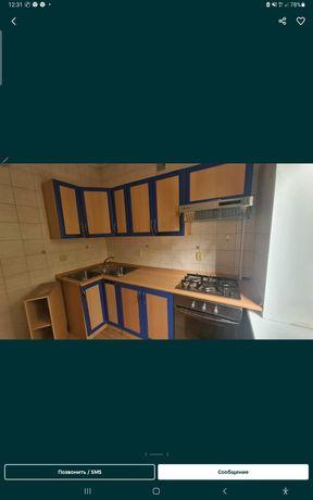 Продам срочно кухню гарнитура много разных мебели цена разные