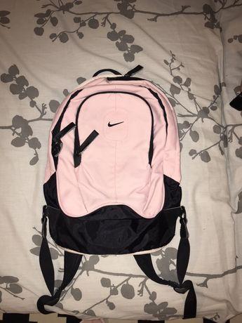 Ghiozdan marca Nike