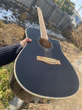 Акустическая гитара 41-го размера
