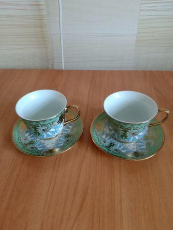 Чайные чашки с блюдцами