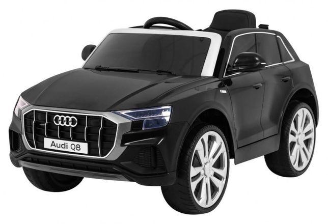 Masinuta electrica pentru copii AUDI Q8 LIFT (2066) negru
