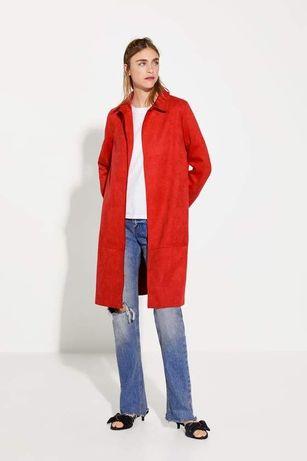 Замшевое пальто Zara красное