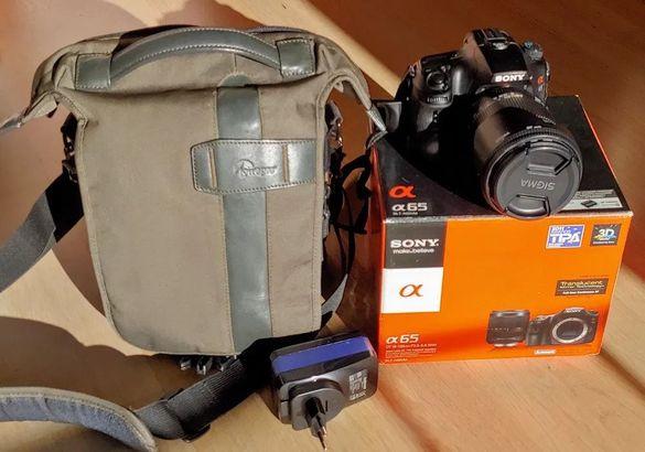 Продавам фото апарат SonyAlpha SLT-A65 + чанта и обектив Sigma 18-250