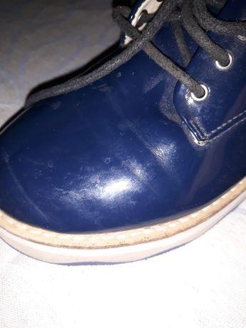 Детски обувки естествена кожа- лак