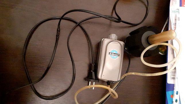 Аквариума филтир для воды с насешением воды с кислородом и сачок.