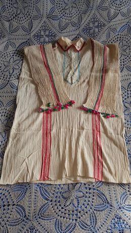 Автентични ризи от народна носия