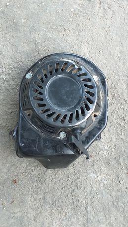 Demaror generator