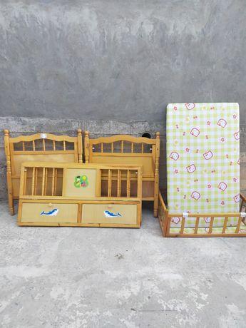 Коляска, детский кровать, телевизор подставкасы сатылады